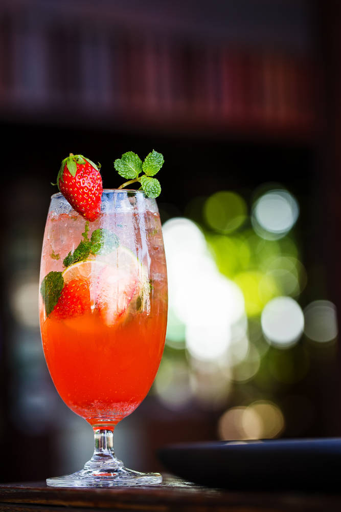 Strawberry soda that tastes delicious and refreshing.